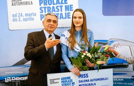 Jelena Djordjevic, MISS Salona automobila i Zoran Lupsic, koordinator projekta Salona automobila