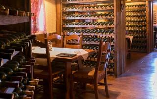 Vinski podrum Aćimović je porodična vinarija iz Trebinja