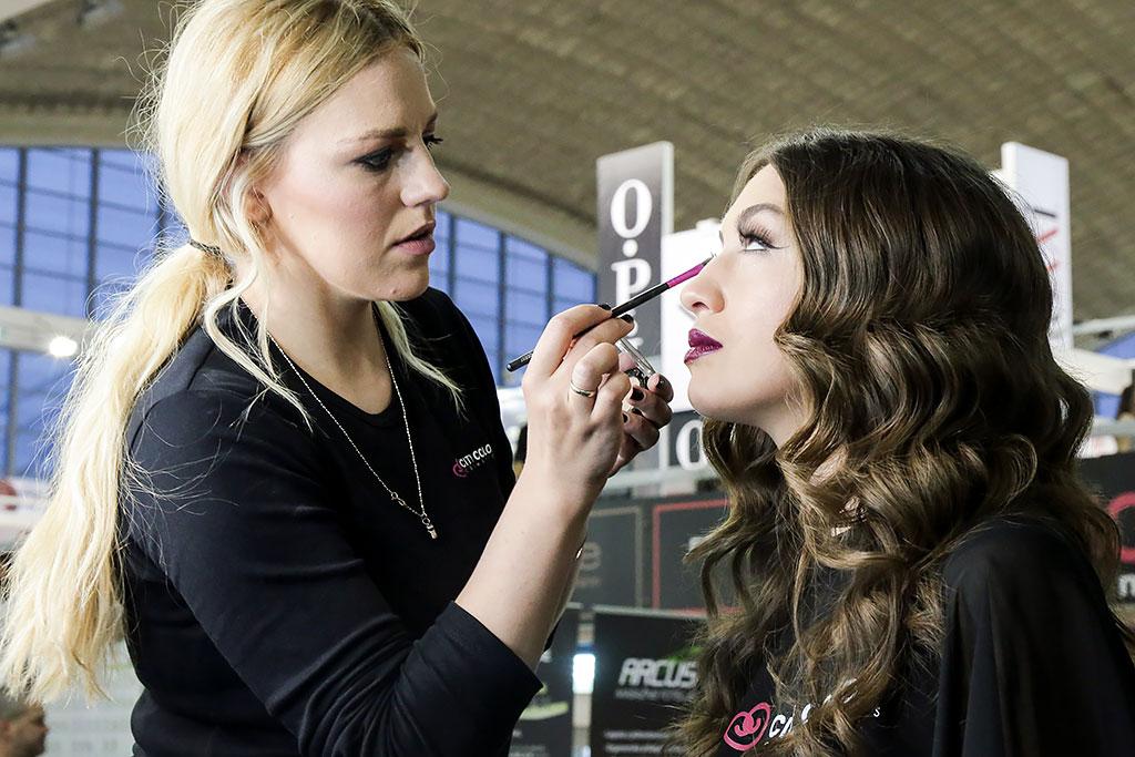 Sajam kozmetike - Dodir Pariza