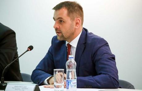 SINISA PRATLJACIC, regionalni direktor Filijale Beograd, DDOR Novi Sad