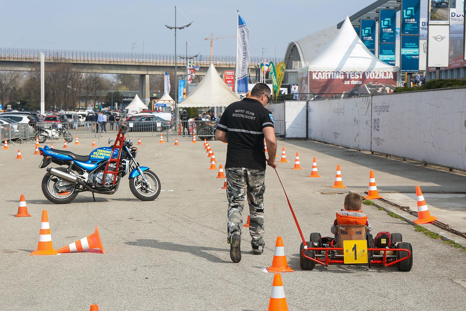 Treninzi bezbedne vožnje Sportskog udruženja Moto klub Bezbednost
