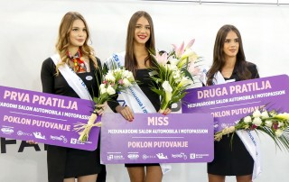 Miss Nevena Golubović (Peugeot), first runner-up Isidora Milosavljević (British Motors) and second runner-up Bisenija Kazaković (BMW