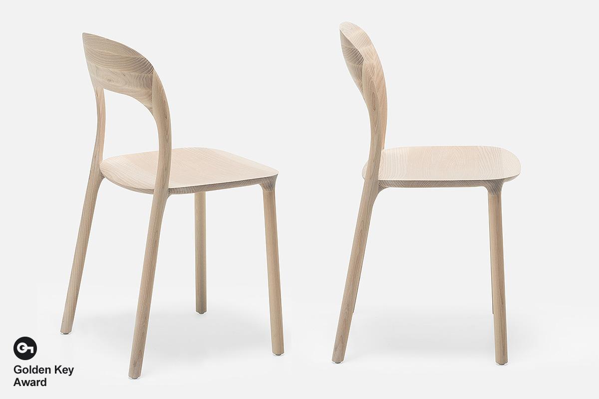 Stolica Elle – dizajn Nataša Perković, Ms & Wood, Bosna i Hercegovina.
