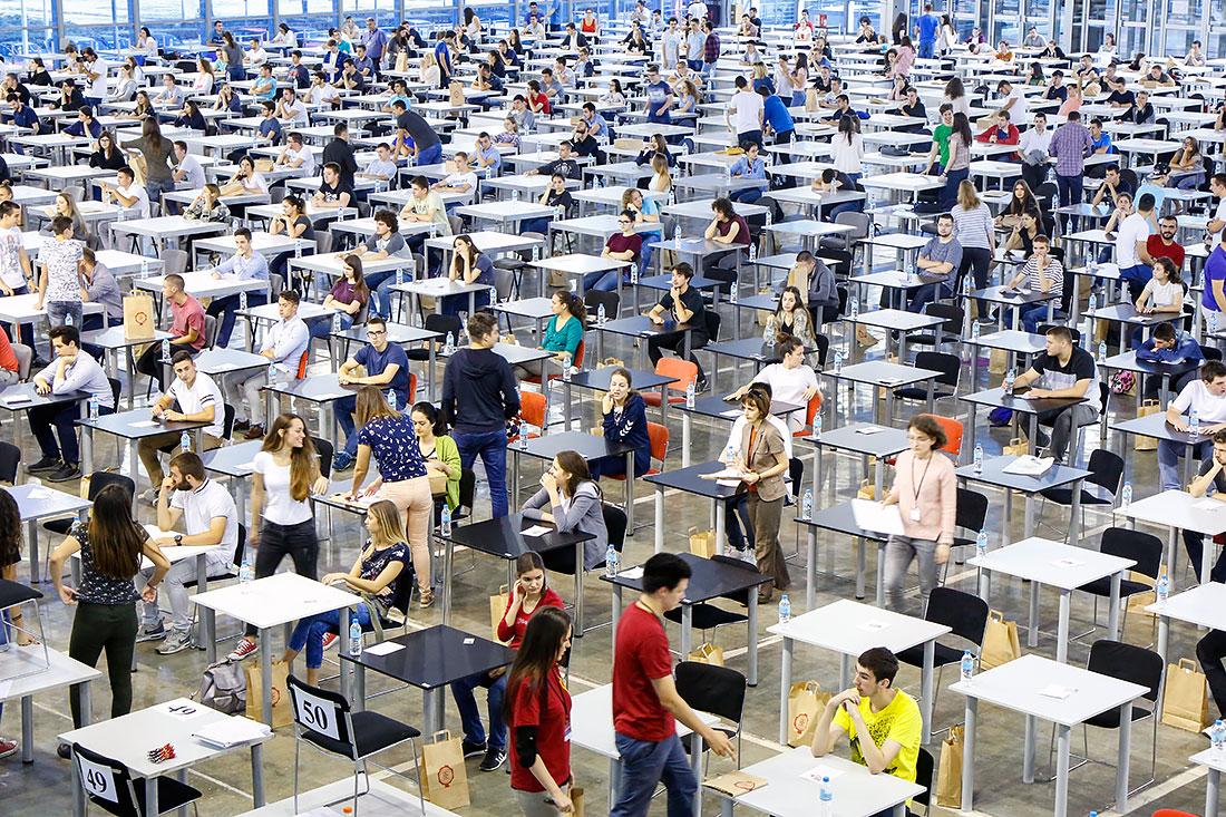 Budući studenti elektrotehnike prijemni polažu na Sajmu