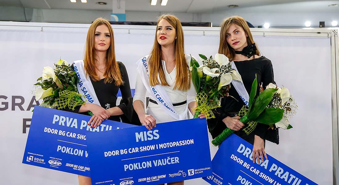 Ivana Okiljević - miss DDOR BG Car Show 06, prva pratilja Emilija Jovanović i druga pratilja Teodora Musovski