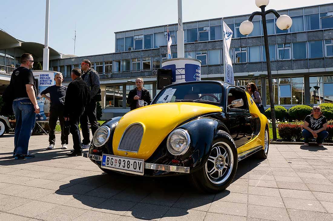 Oldtajmeri na Salonu automobila